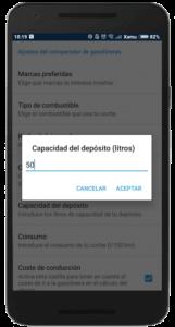 Captura de pantalla de la aplicación Parkifast que muestra la opción de definir la capacidad del depósito de tu coche captura de pantalla de la aplicación Parkifast que muestra la opción de definir el consumo de tu coche para el comparador de gasolineras