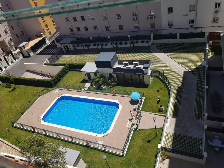 Precios y horarios de piscinas municipales de Madrid - Parkifast